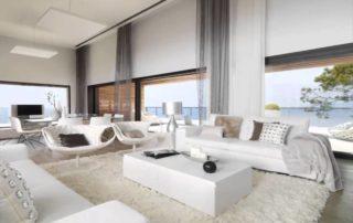 Un salon tout de blanc vêtu