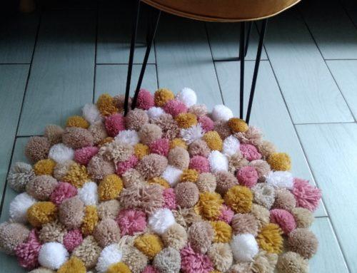 Tuto déco: Réaliser un tapis de pompons