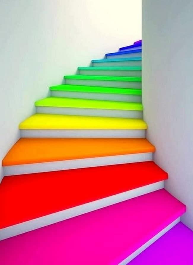 Effet coloré pop sur les escaliers