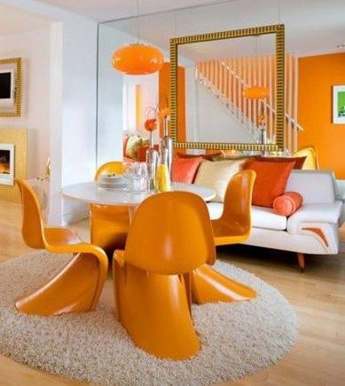 Séjour orange et blanc
