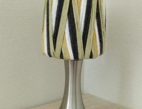 Tuto déco: DIY- Une lampe à poser style 70's