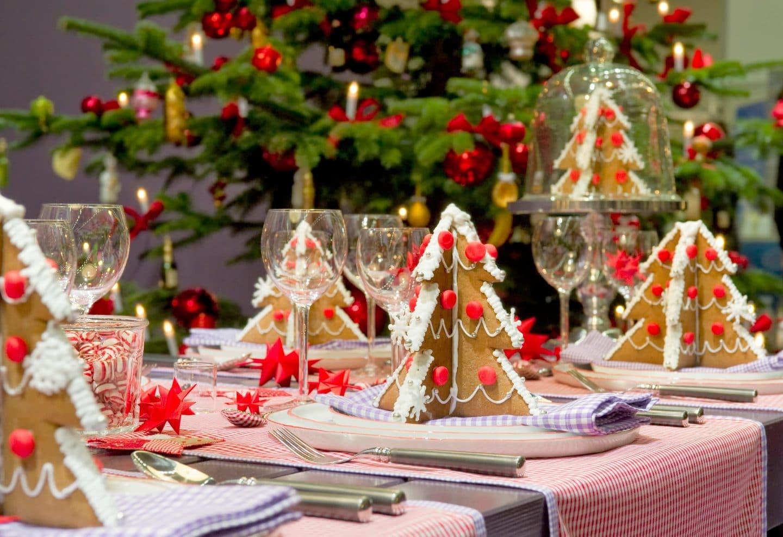 Sapins biscuits pour table de fêtes