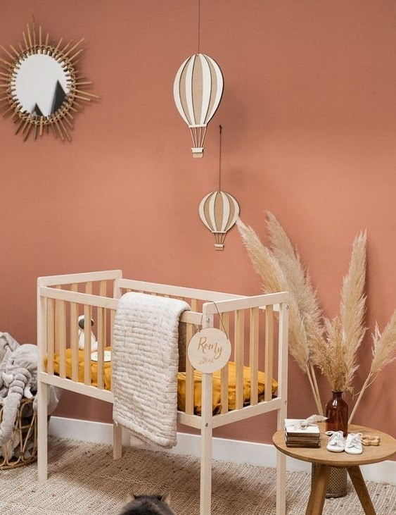 Mur terracotta chambre enfant